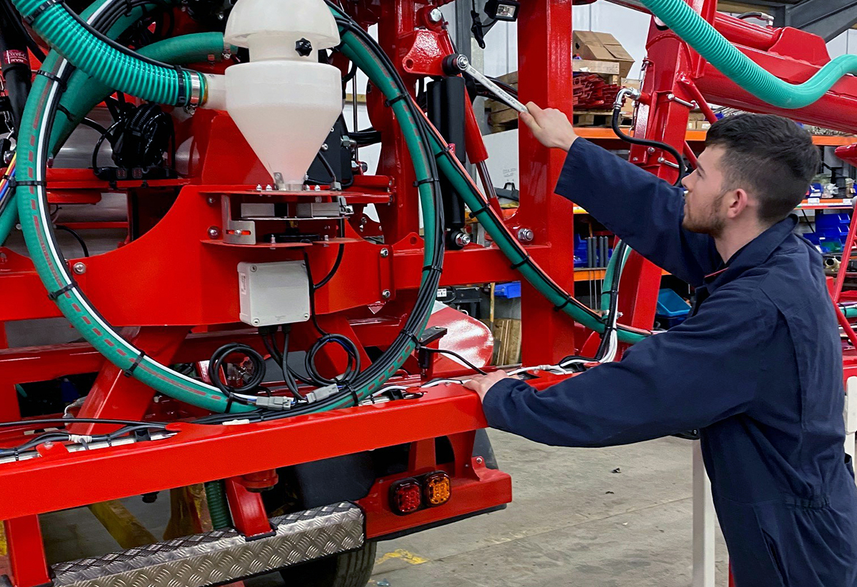 Bateman Sprayers Engineering Apprenticea
